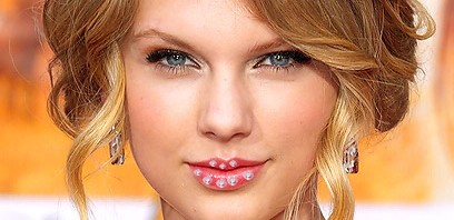 Taylor Swift gets Diamond Lip Piercings